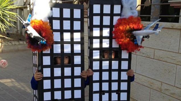 Israele festeggia l'attacco alle torri gemelle di Dr. Kevin Barrett